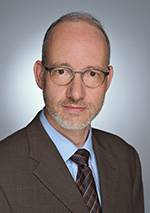Fachanwalt Dr. Dominik Herfs